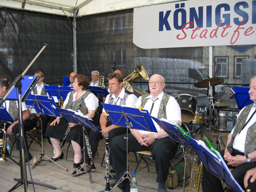 buehne-stadtfest-koenigsee-2008-500x375px